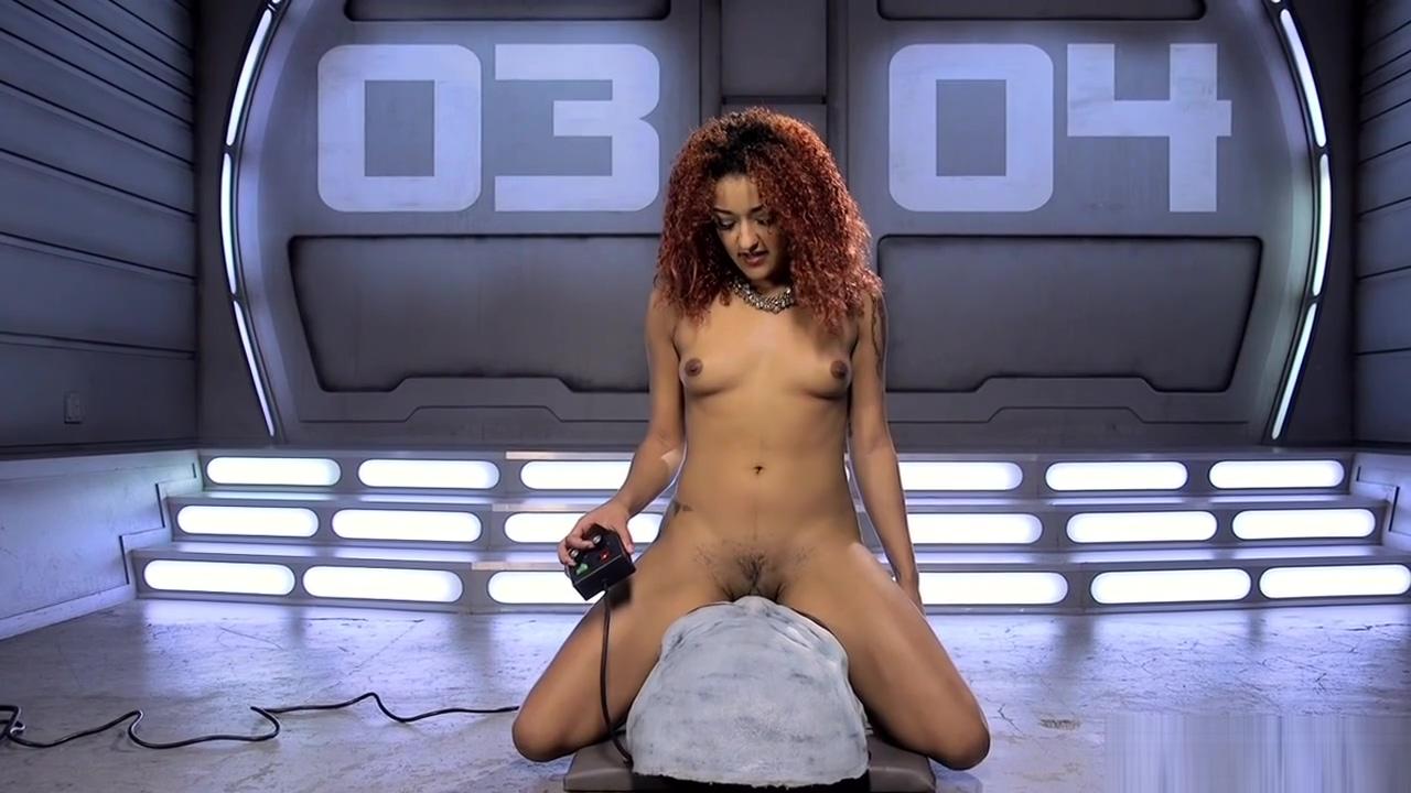 Redhead ebony squirter fucks machine Naked girl on black sheets