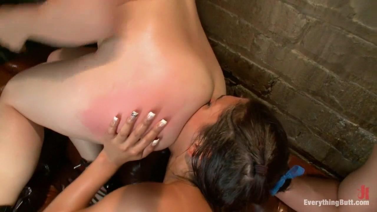 XXX Porn tube Blonde milf banged