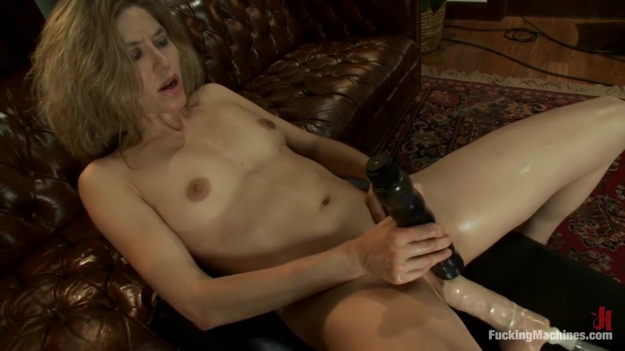 Quality porn Curvy black nude woman