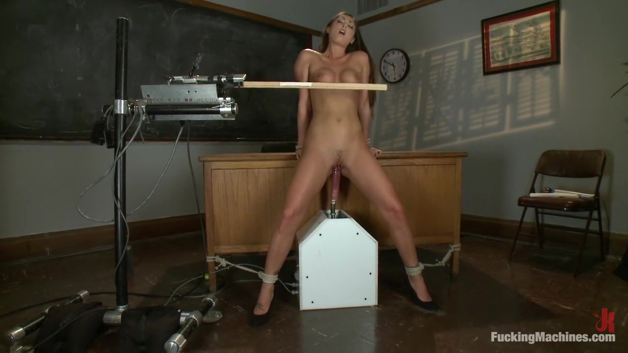 Hot Nude gallery Cumming on his big mature cock