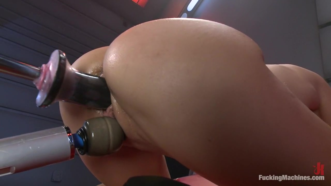 Nude pics Milf anal in the office