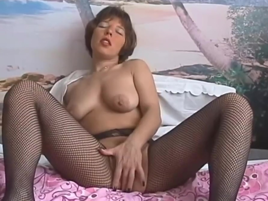 Privat Sexfilm 1 japanese guess which one is mom porn