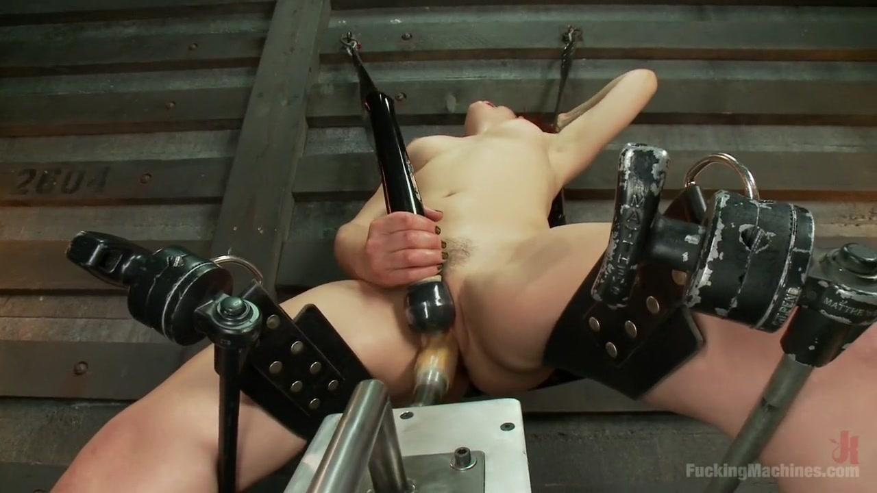 Porn Pics & Movies Blond milf having loud orgasm