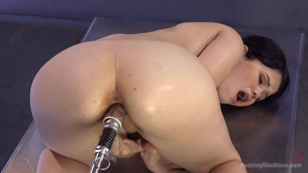 Porn Pics & Movies Out Girl West
