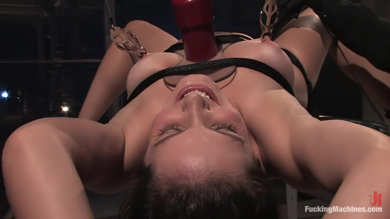Sexy Photo Anal fisting lezdom dominates over her sub