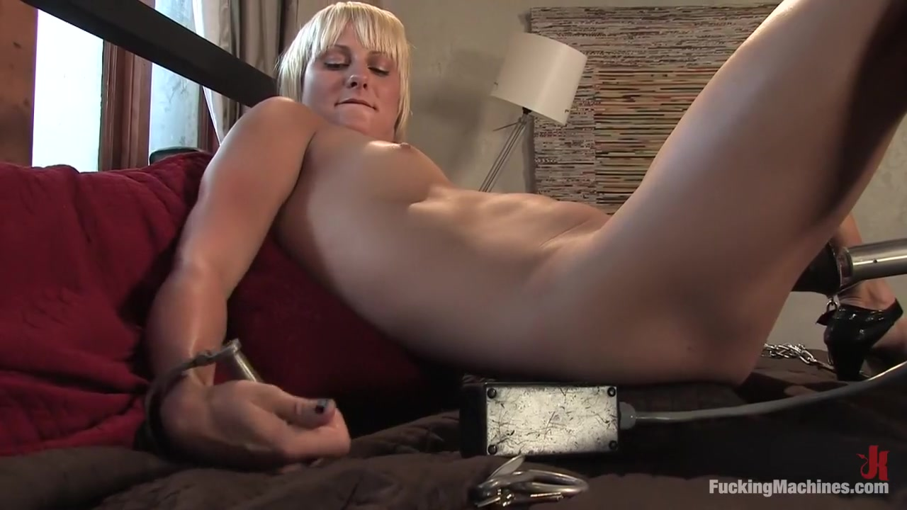 Two blonde milfs!!!!! Porn pic