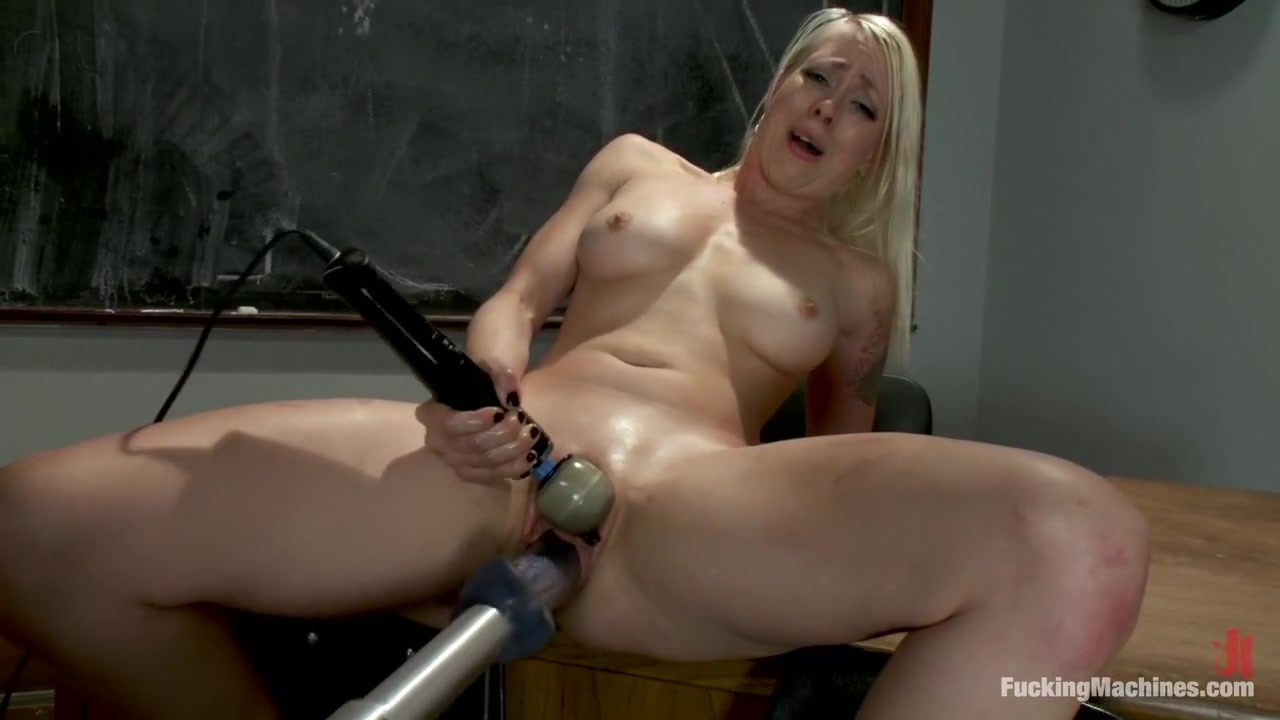 Free lesbian milf sex clips Adult gallery