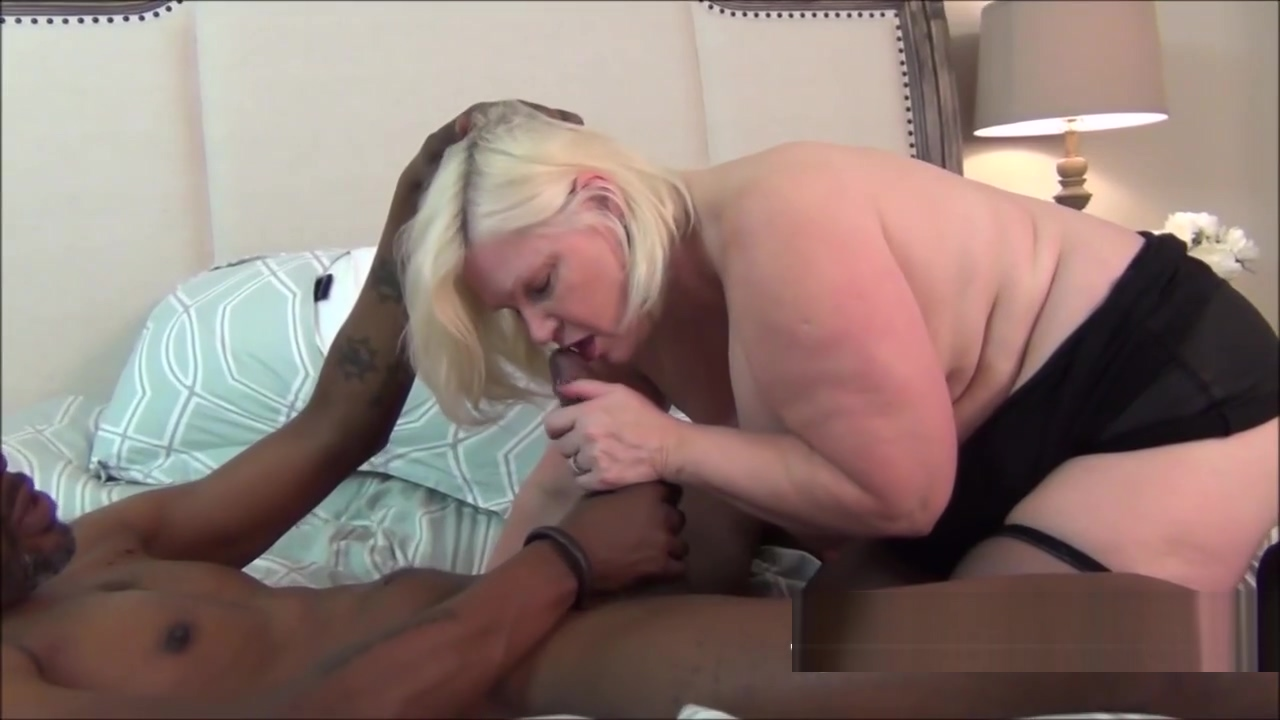 Experienced GILF knows how to swallow a huge boner mocha girl sex scandal