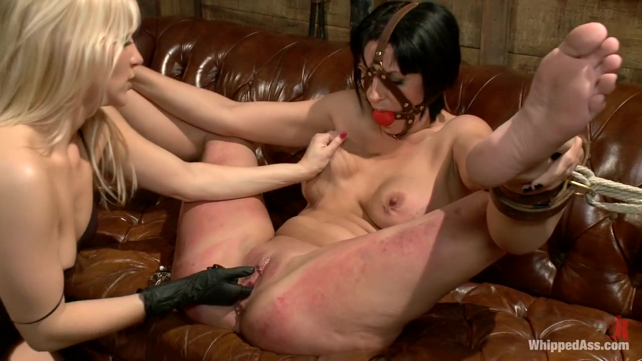 Naked Galleries Free hot slut movie thumbs