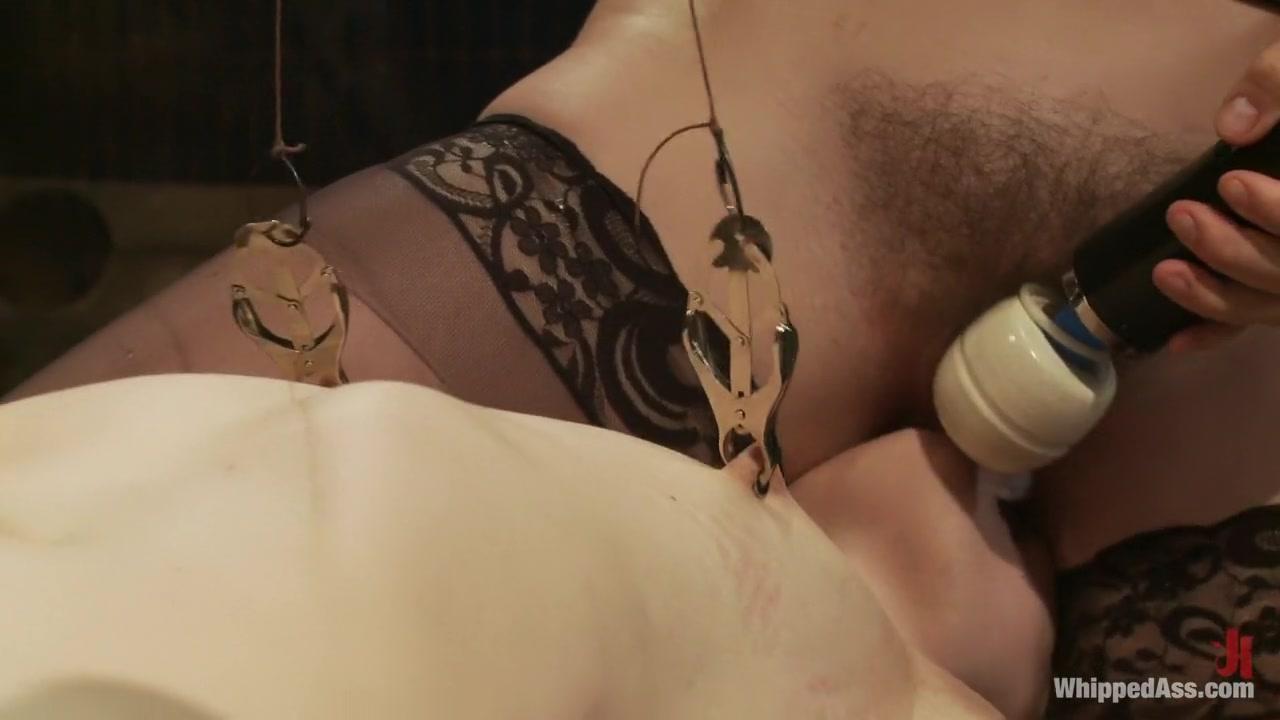 Orgasm Shaved lesbea horny
