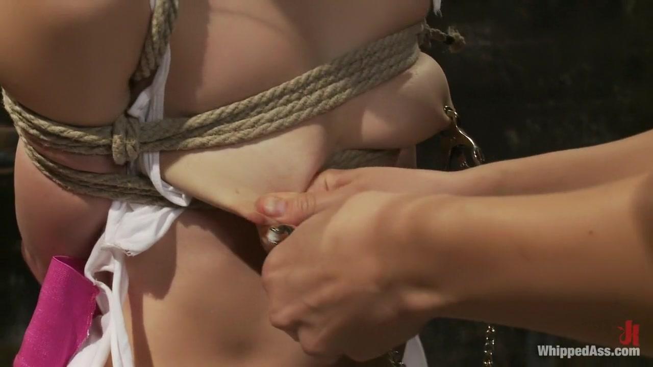 Hot Nude Girl in tanga animation
