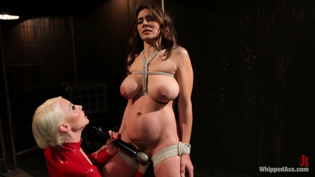 Hot Nude gallery Femdom and display of authority