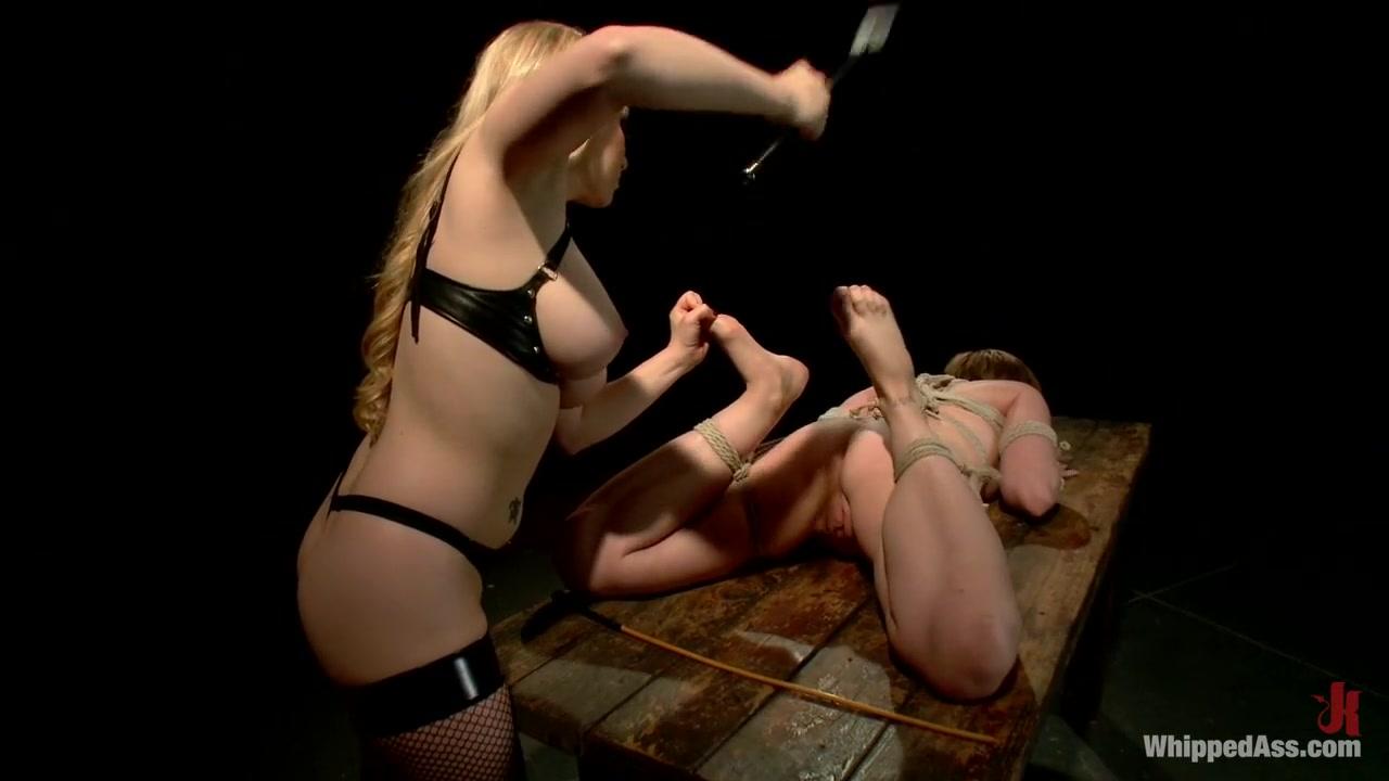 Sexis Bondaged fucks lesbo