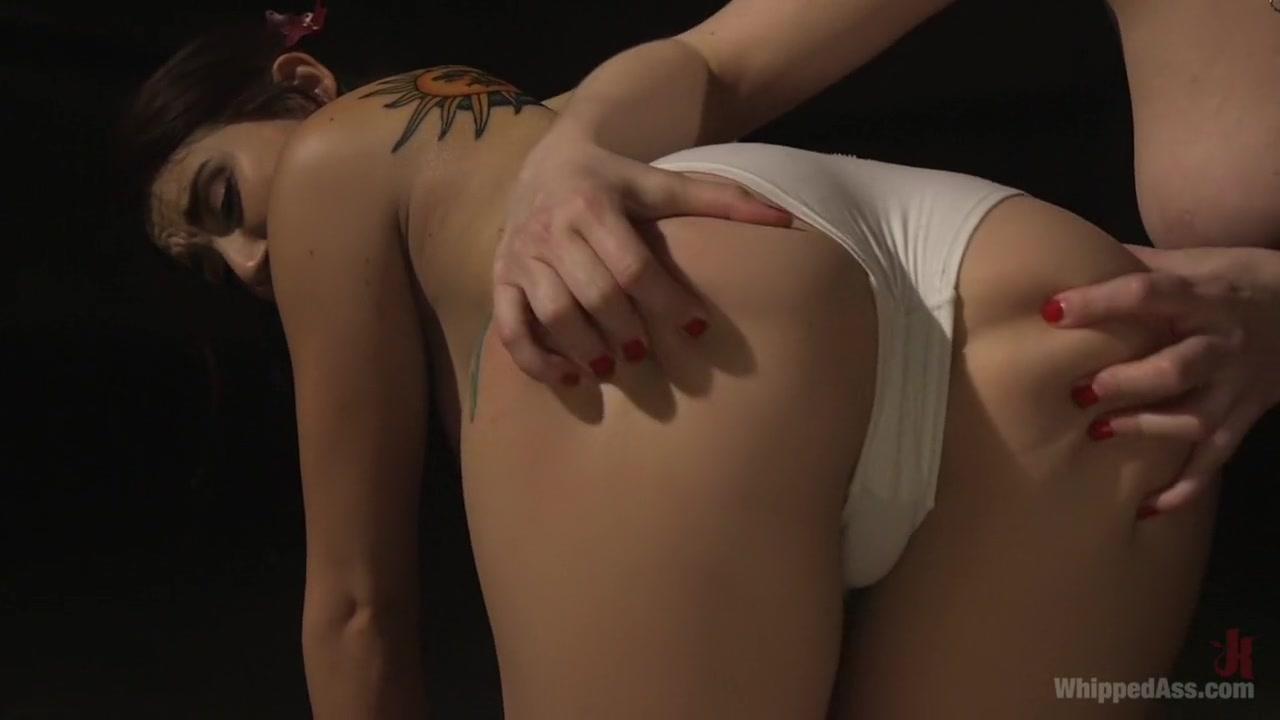 Secretum latino dating Naked Gallery