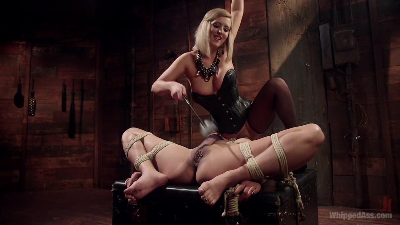Sext Lingerie porn lesbias