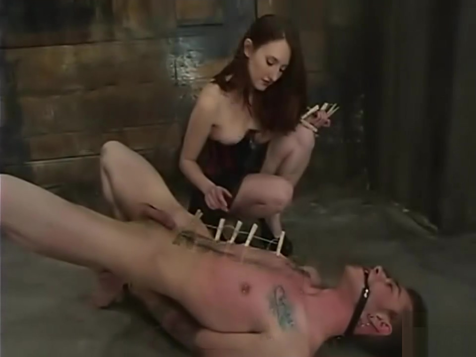 Hot dominant chick will make him moan Amateur bdsm movie