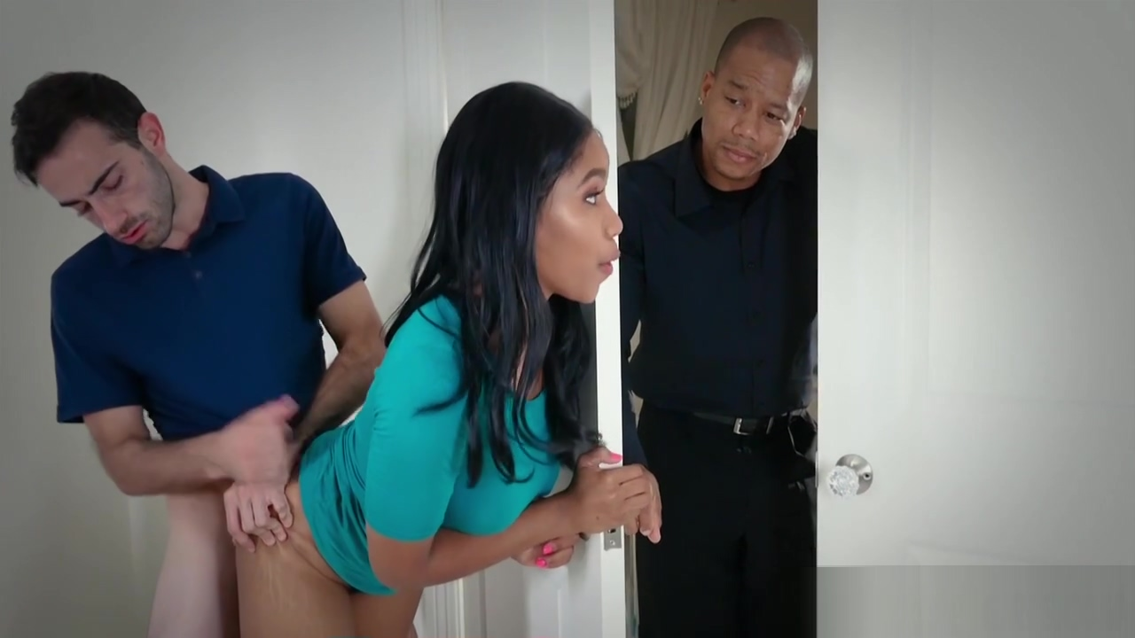 Jenna Foxx Her Most Overprotective Fathrs Hairy pussy slapping