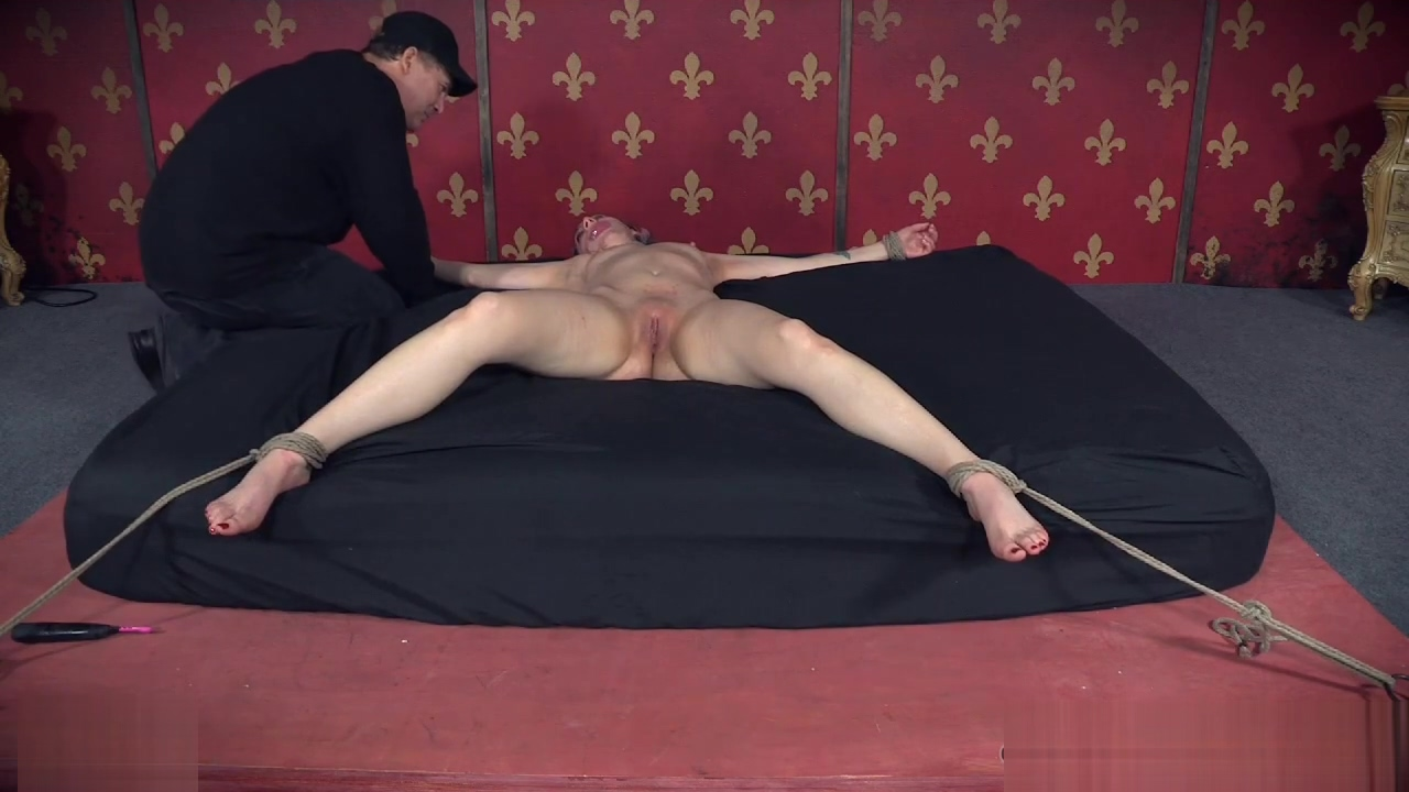 Small tits sub punished by dominant mistress Brante Cox