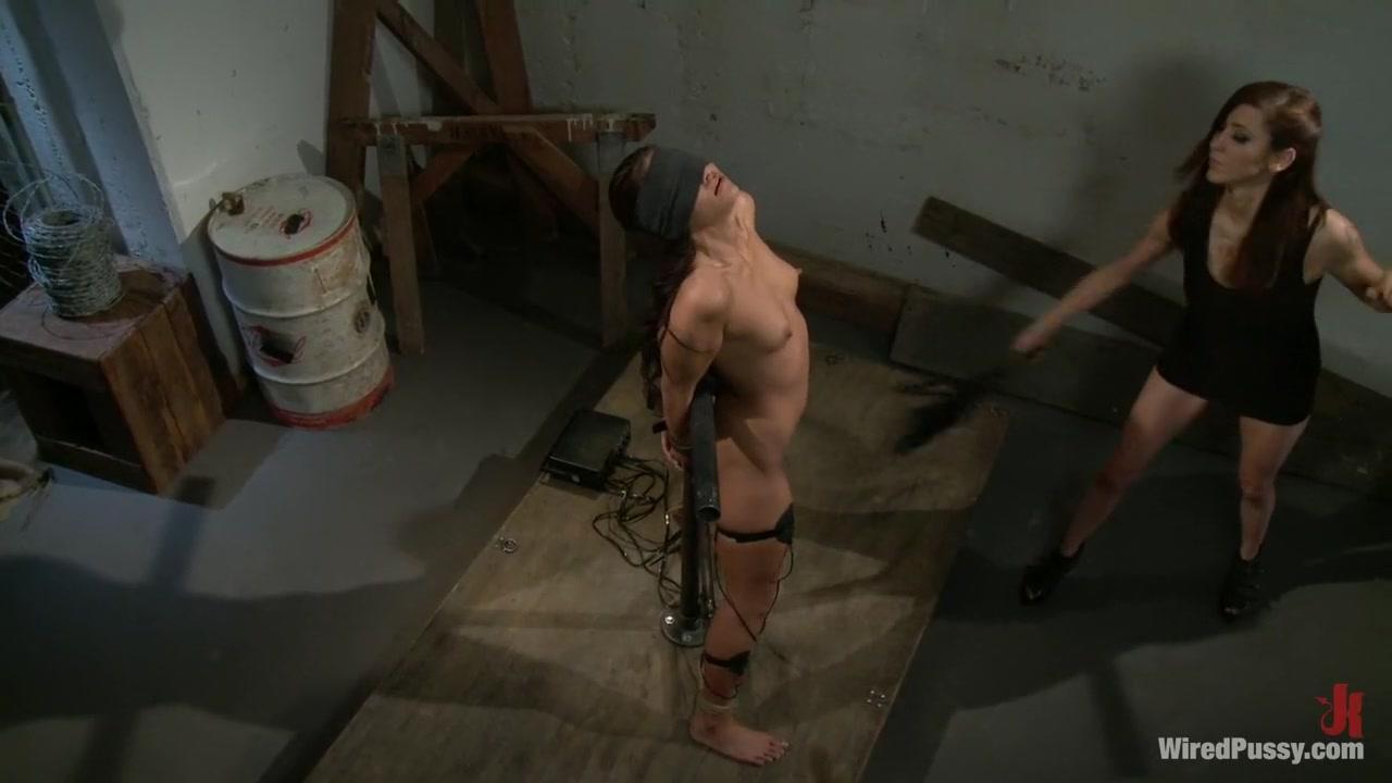 Lesbia sexy masturbated Milfa