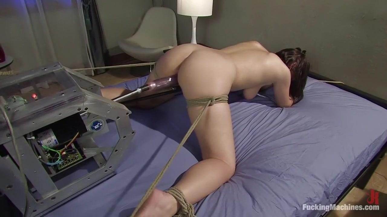 Excellent porn Amateur hotel maid deep throat