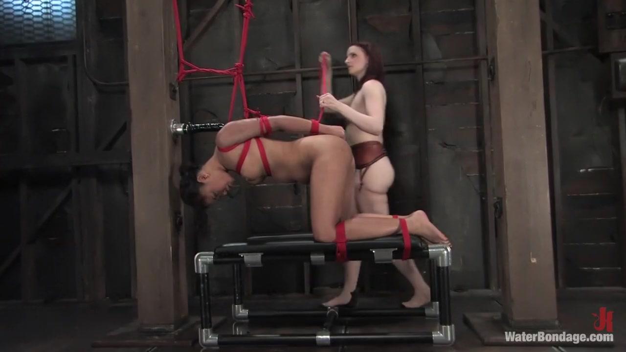girl gives blowjob video Naked xXx Base pics
