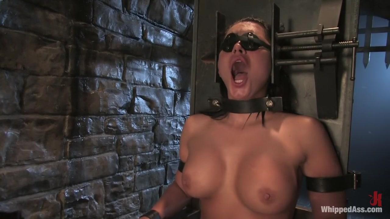 Nude pics Mature blowjob hidden cam