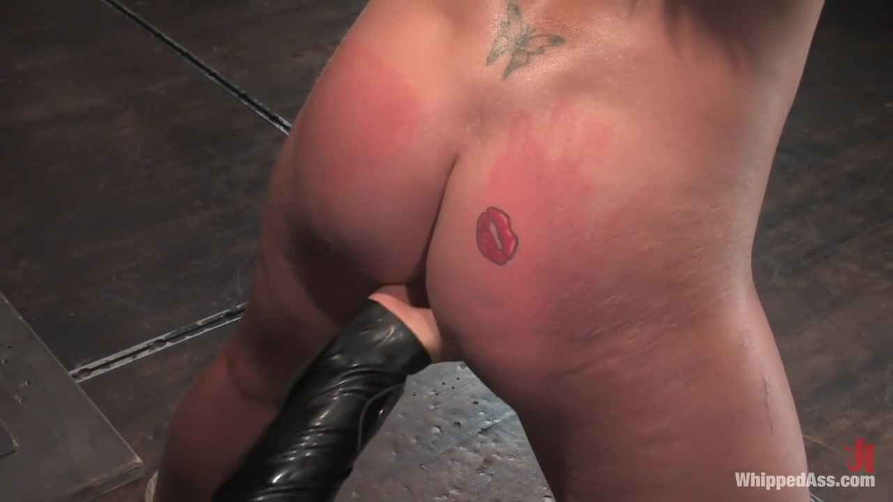 Hot Nude Old mature black pussy