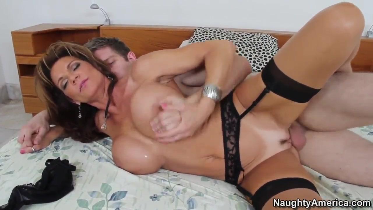 Nude photos Room massage ken on rachel
