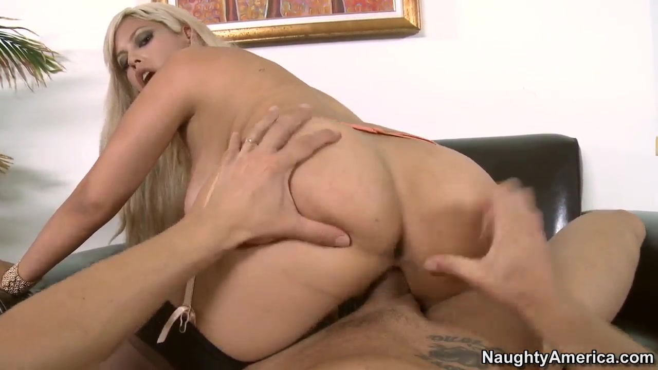 Quality porn Girl fuck video with double penetration