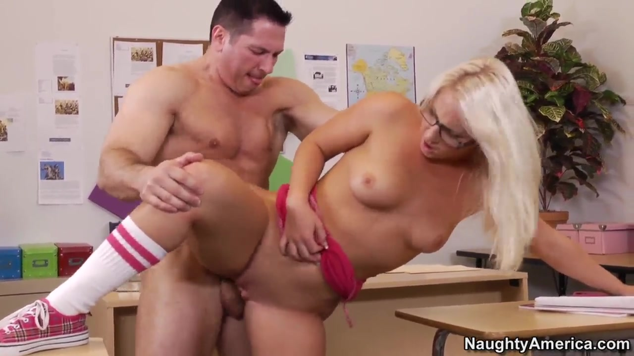 Hot xXx Video Longest squirt in the world