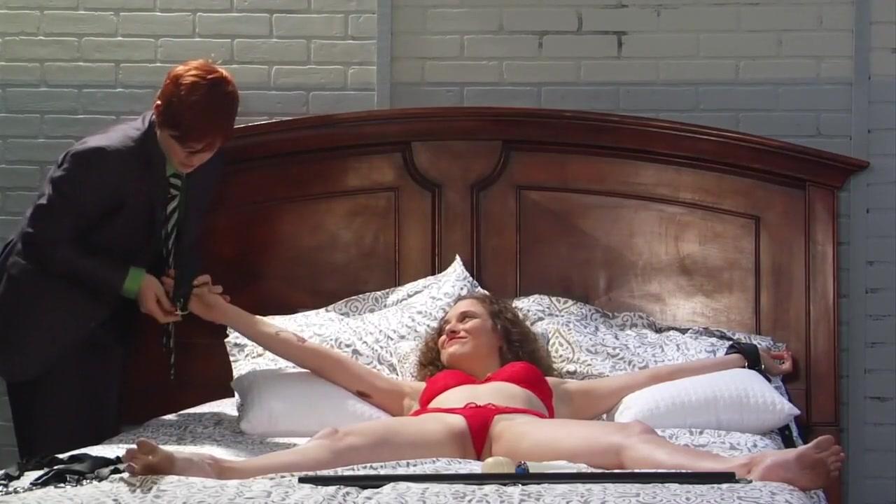 Hot sexy naked black girls stripping Naked xXx