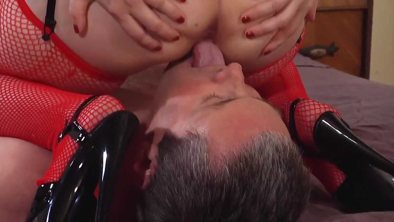 New xXx Video Small and sexy boobs