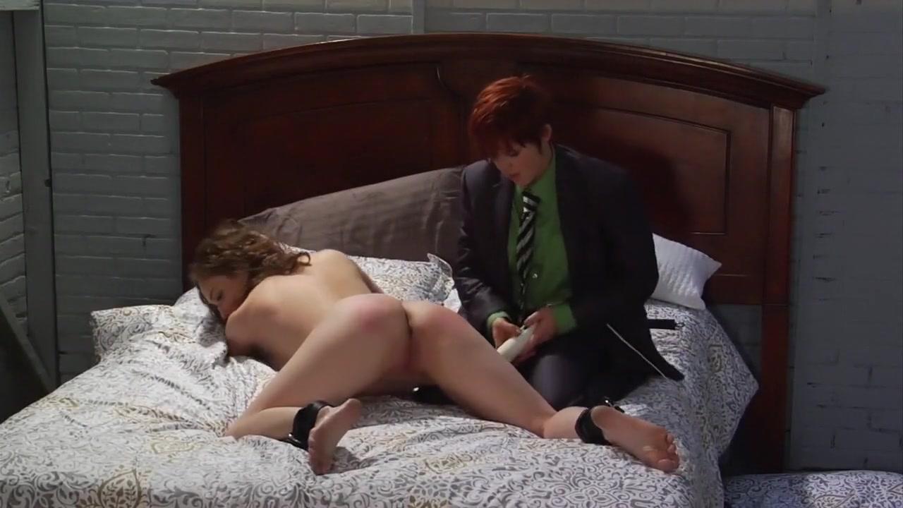 Nude gallery Reddit closeted homosexual marriage