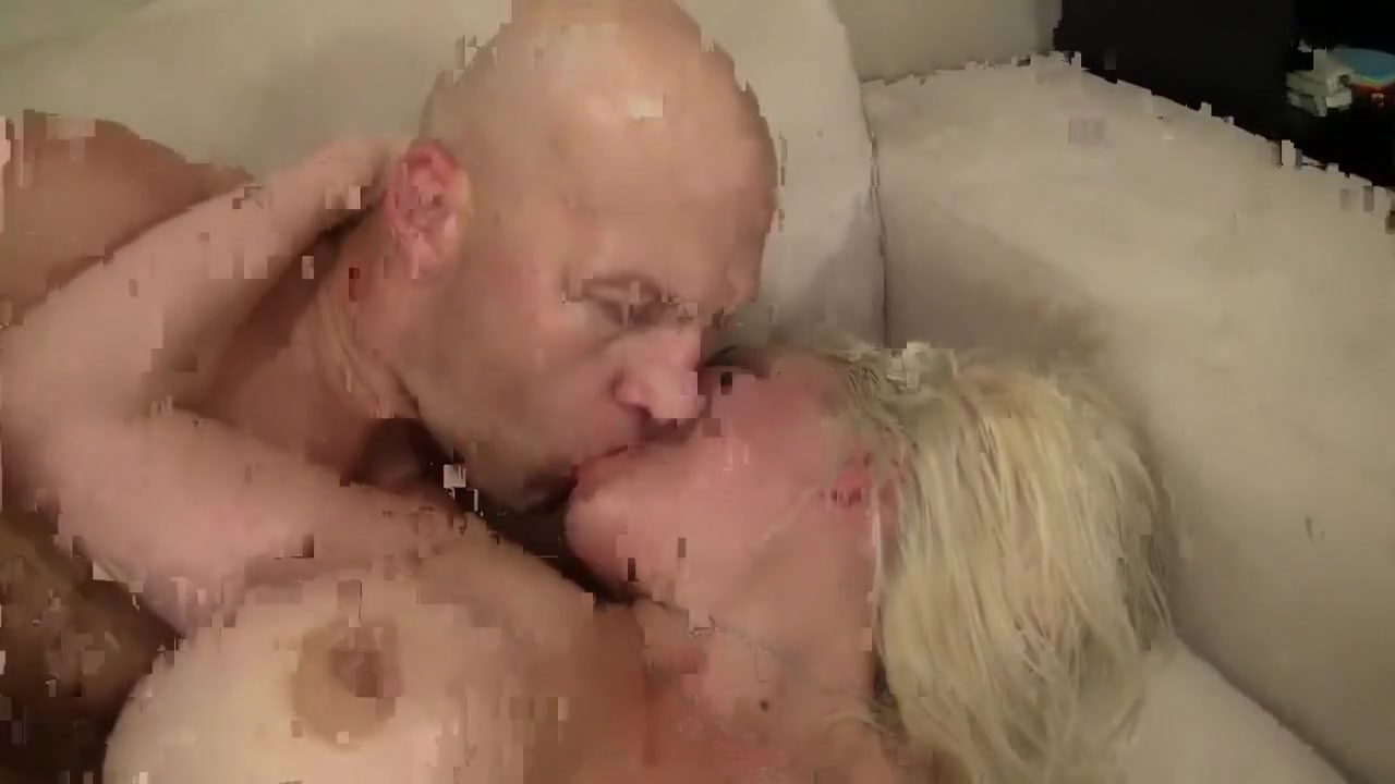 Adult sex Galleries Hot cute blondes get fucked