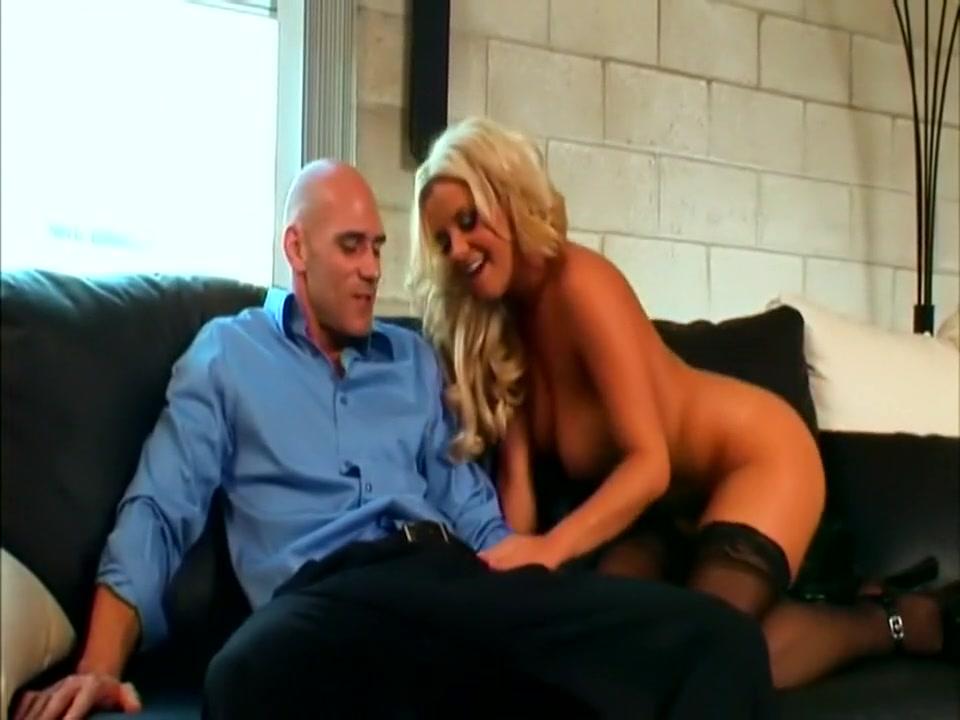 Man making sex XXX Video