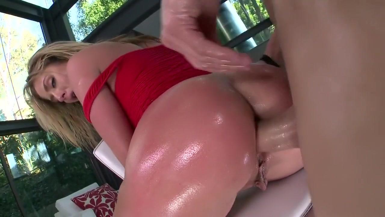 Porn Base Busty milf porn gifs