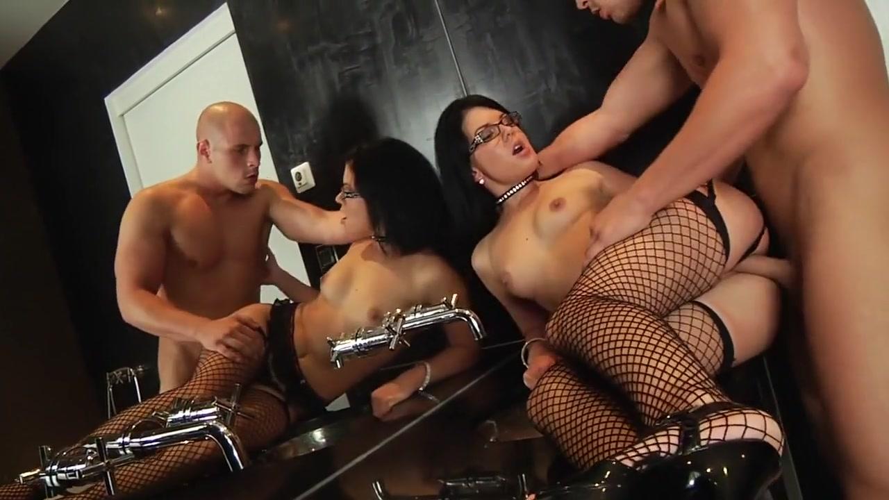 XXX Video White anal porn mom
