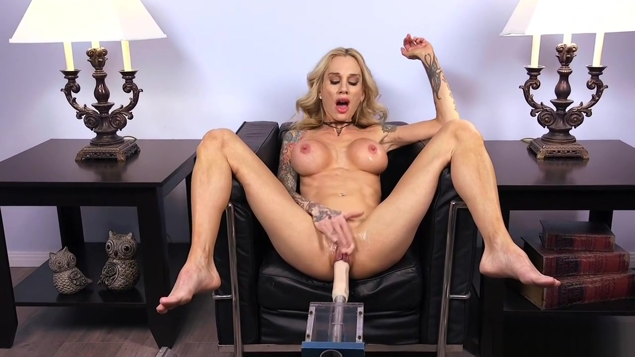 Pierced pussy toned blonde fucks machine the anal sex position
