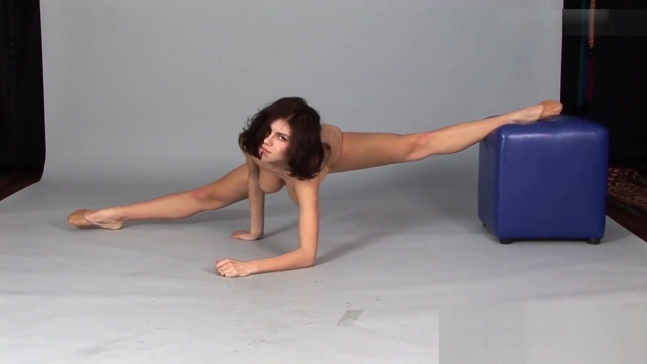 Stretching While Posing Cute coed assfucked by a tutor. Teens porn clips