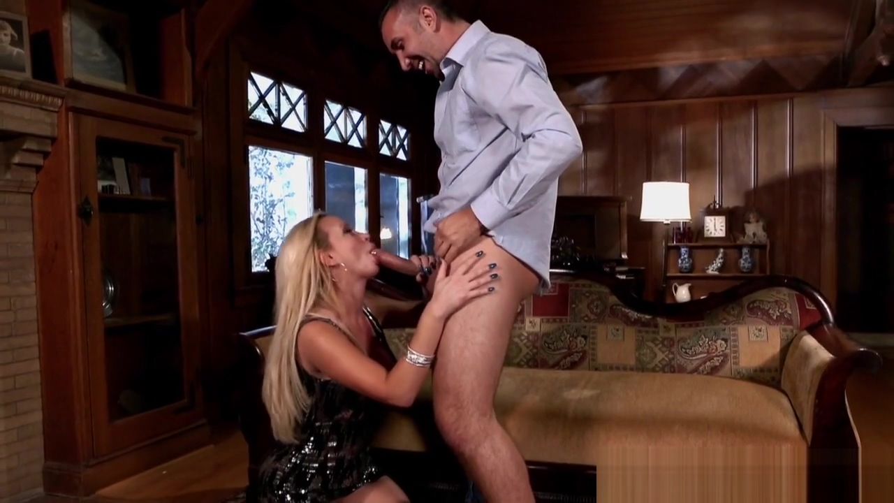 Busty milf sucking dick before doggystyle sex Clitoris getting her photo removed woman