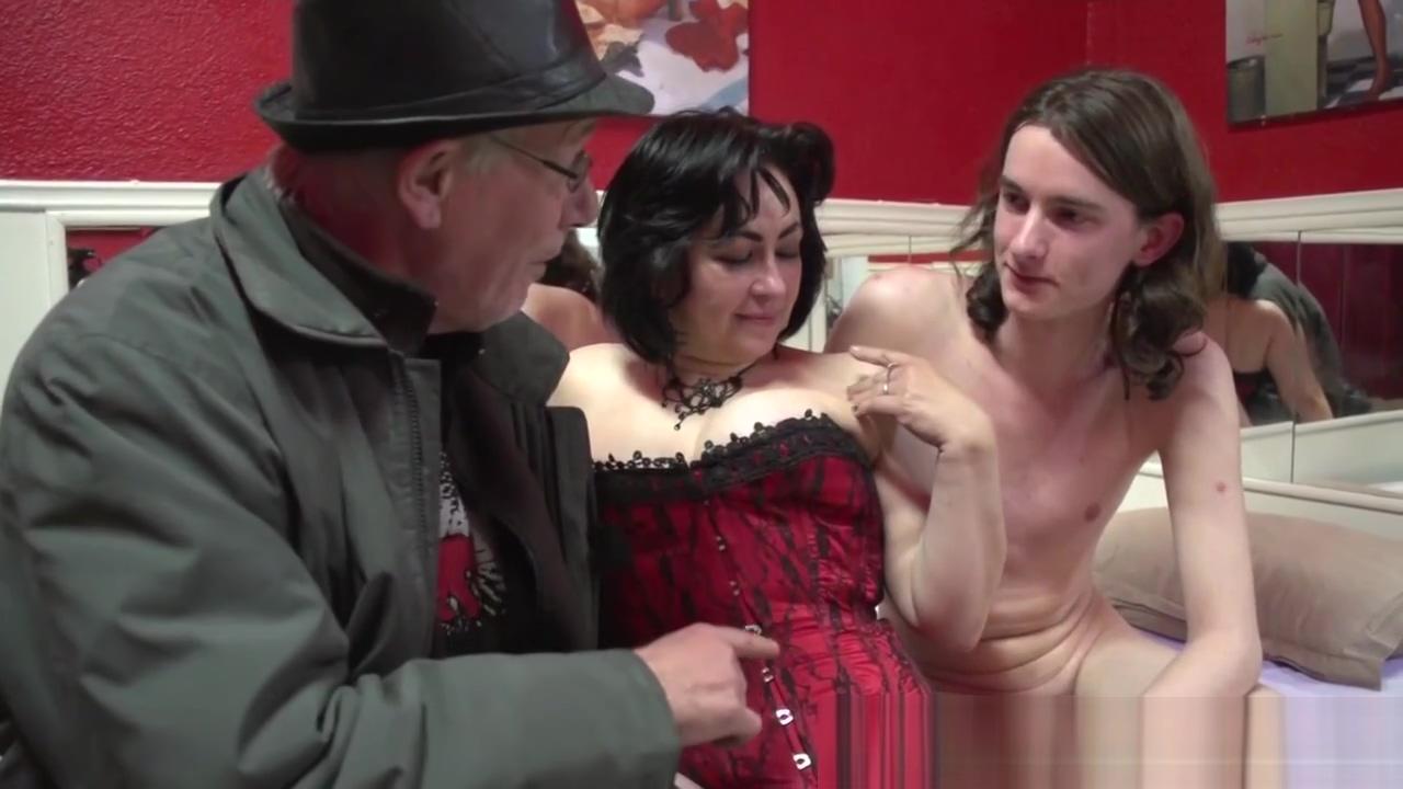 Prostitute sucking dick Soft wet pussy