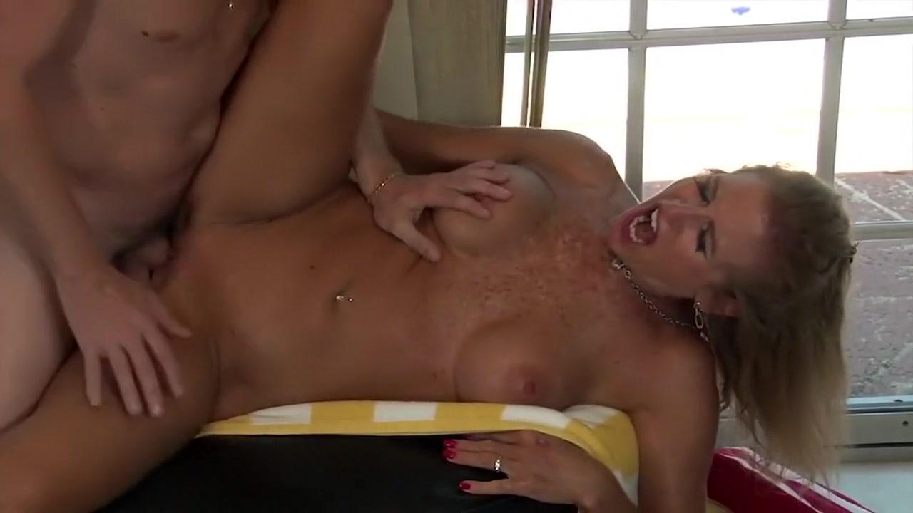 Porn clips Ecw kelly kelly s ass