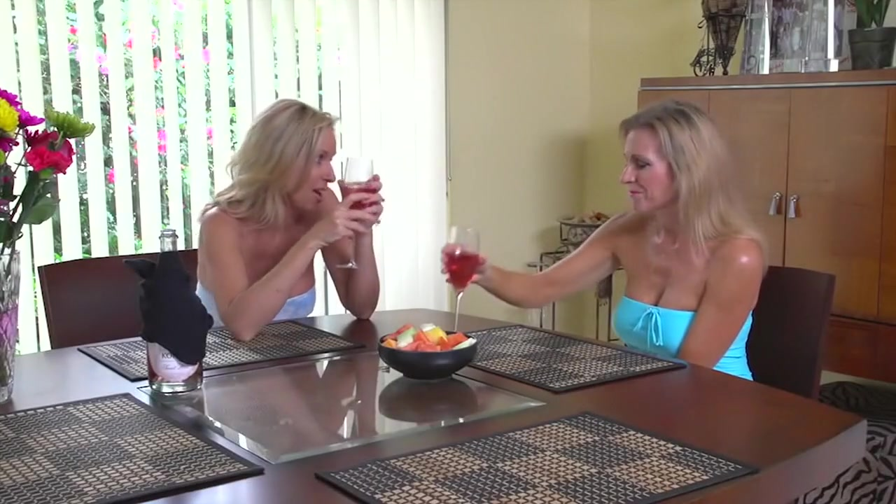 Porn clips For mature adults in