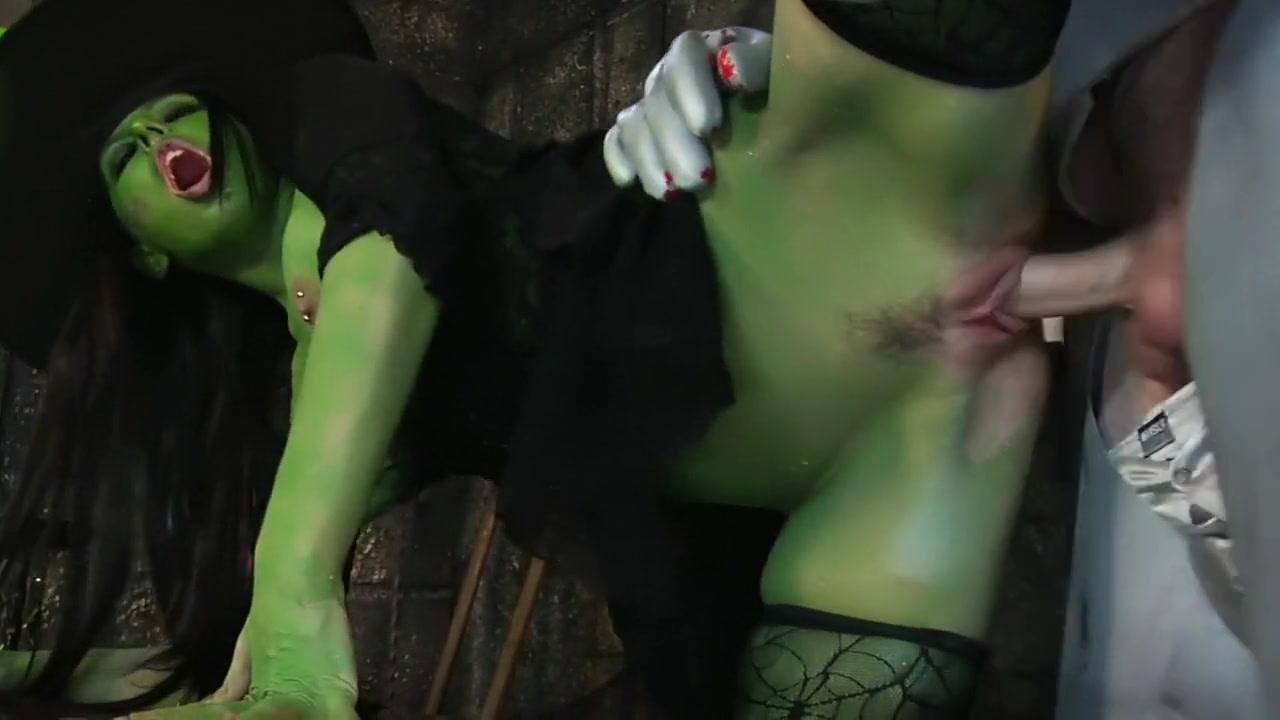 Sexy por pics Nude secretary pictures