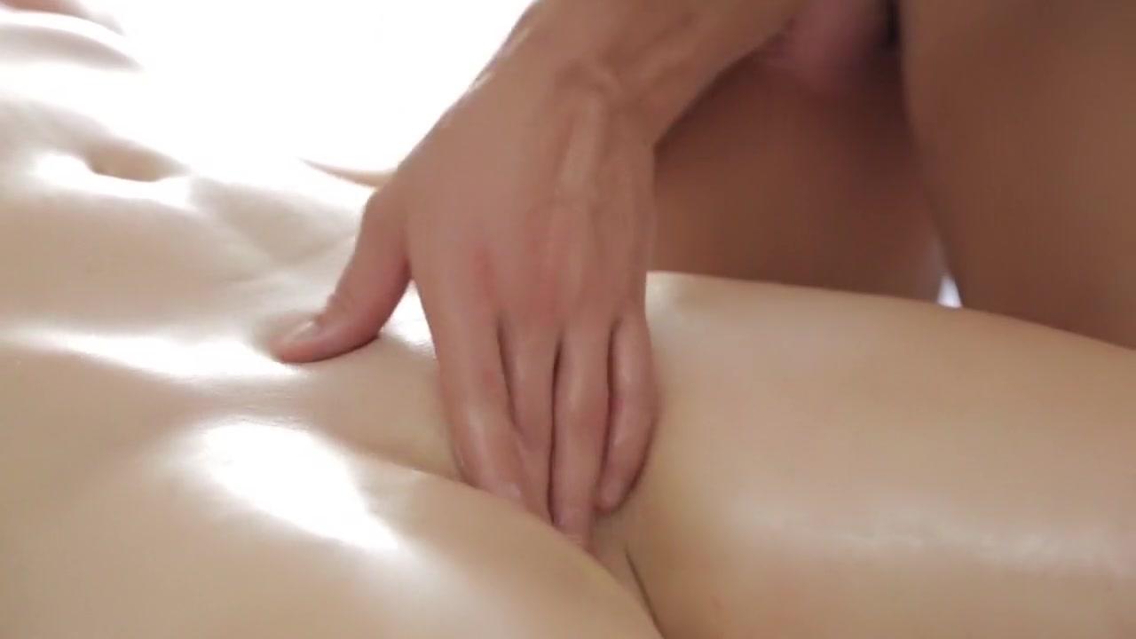Fat bbw playing with dildo solo masturbate Nude 18+