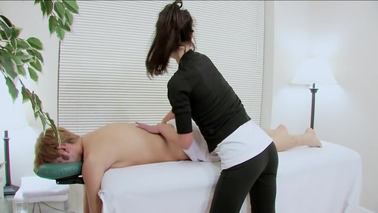 Horny Teens Nancy & Victoria Seducing Guy Roommate Hot xXx Video