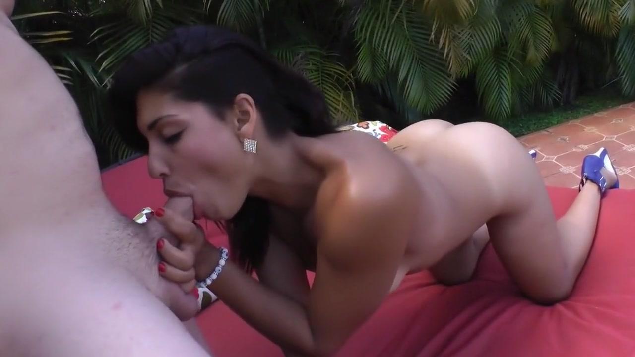Porn Pics & Movies Big breasted secretary
