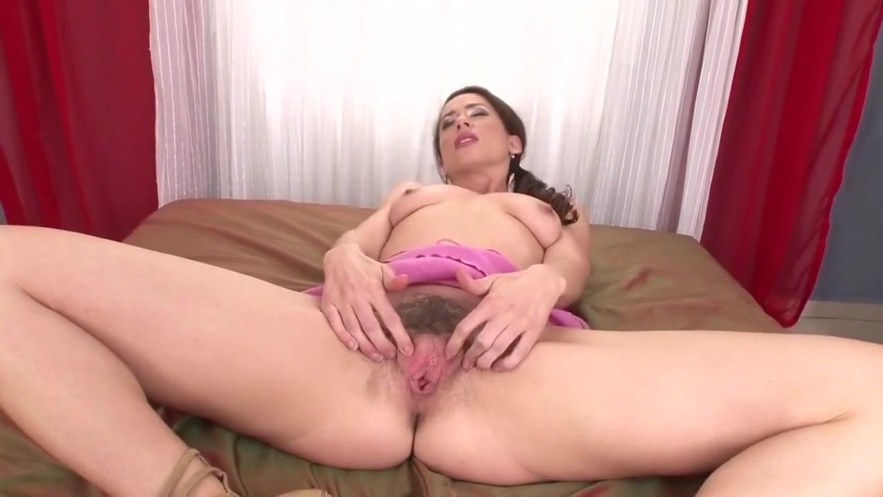 Charlieskies amazingphil dating divas Naked Gallery