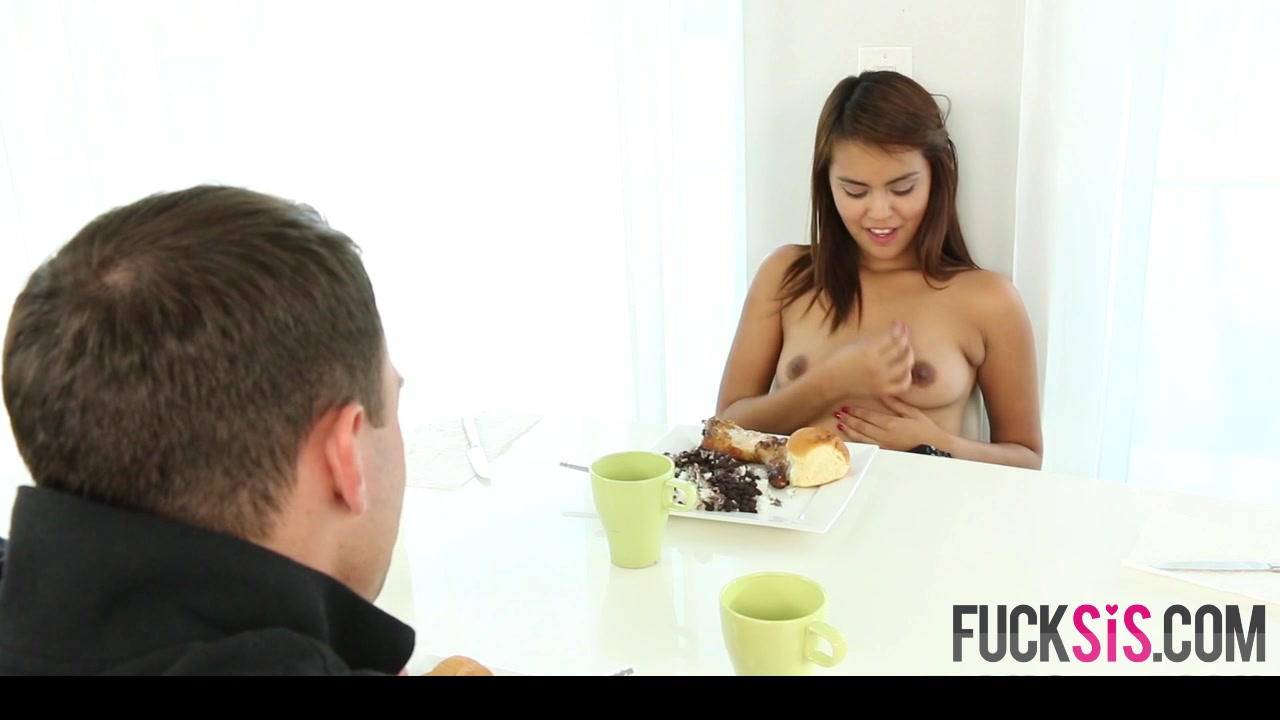 Naked 18+ Gallery Cute brunette blowjob
