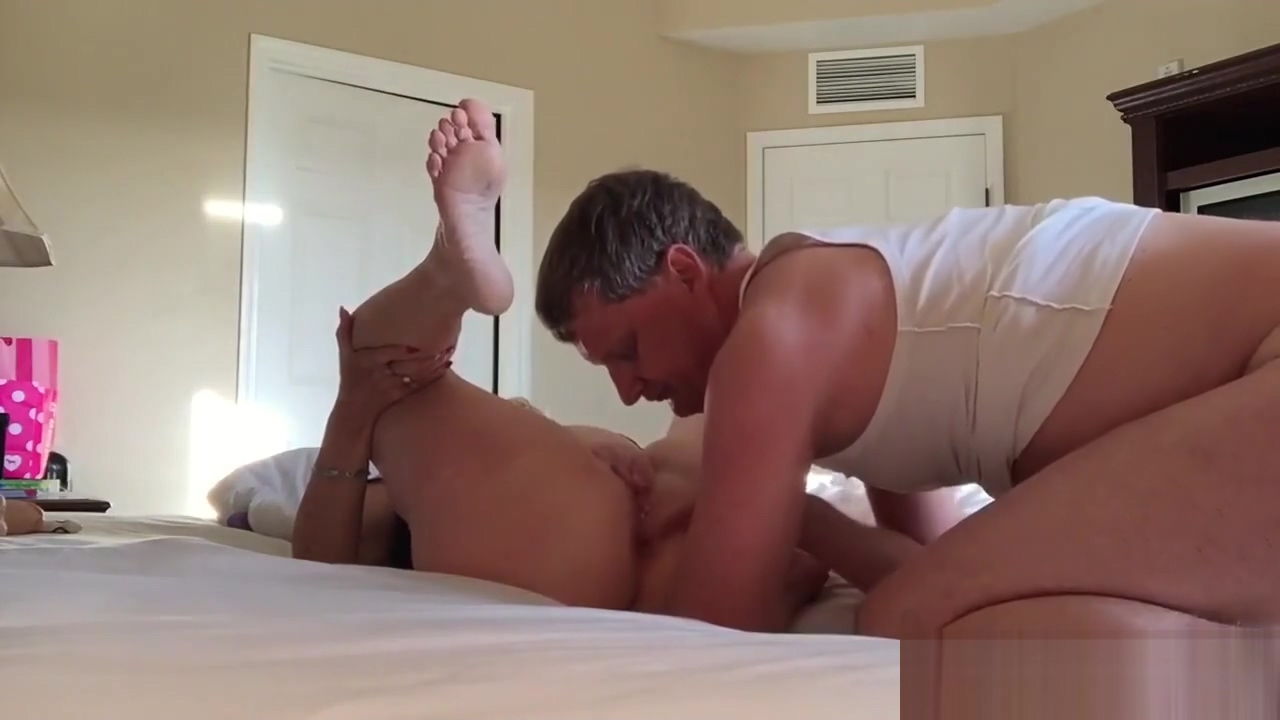 Amateur Girl Gets Creampie From Hubbys Friend